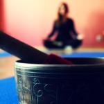 Релаксираща йога по обяд
